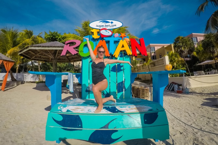 10 days in Roatan for under $2,000